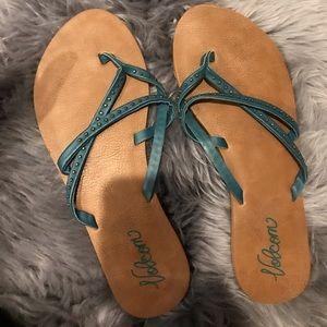 Cute Volcom Flip Flops!
